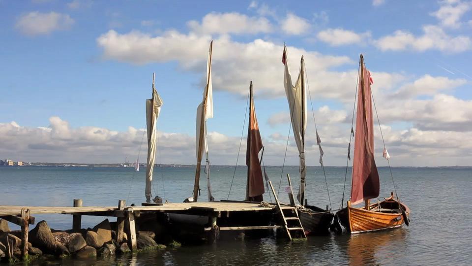 FtSF afholdt sin årlige afriggersejlads i strålende efterårsvejr med deltagelse af joller fra Helsingør, Snekkersten og Espergærde